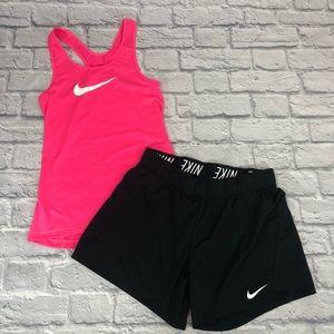 Nike Pro Tank & Shorts Set. Neon pink/black